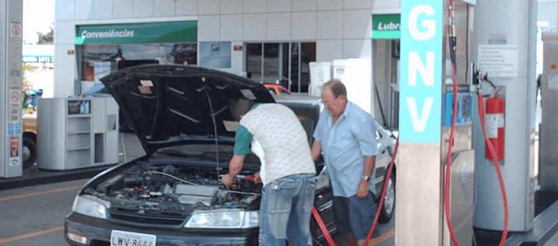 Qual é a vida útil do motor com GNV (gás natural veicular)