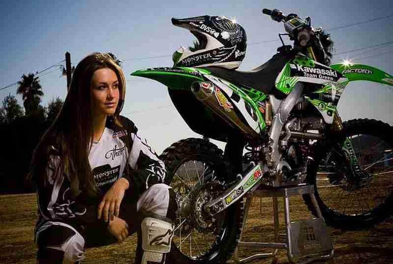 Conheça o Motocross feminino