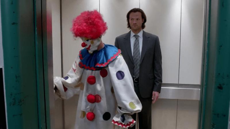 O quão idiota você é no elevador?