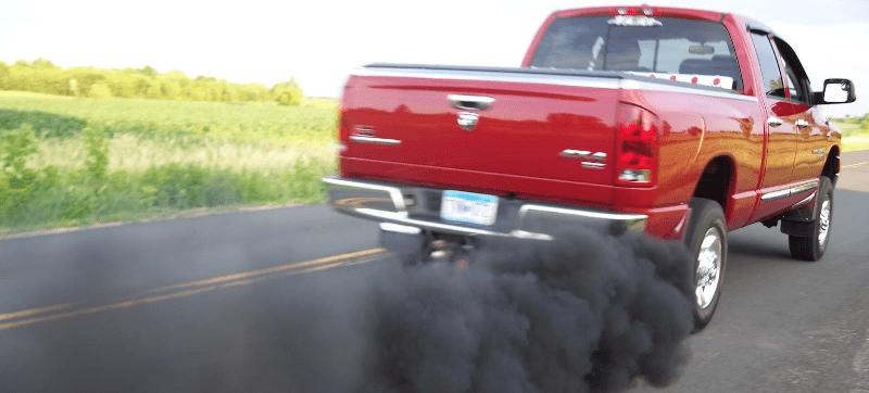 Como evitar que o óleo sintético solte fumaça